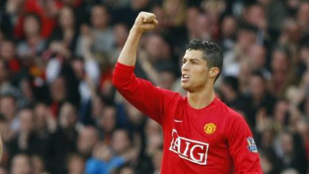 Cristiano Ronaldo saat masih membela Manchester United. - INDOSPORT