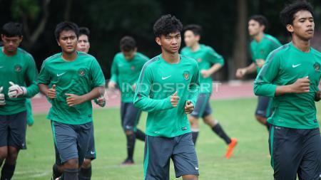 Indra Sjafri akhirnya mengungkapkan alasan coret 14 pemain yang berkarier di luar negeri dari seleksi Timnas U-19. - INDOSPORT