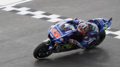 Indosport - Maverick Vinales tampil perkasa di sesi latihan bebas kedua MotoGP Argentina.
