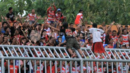 Suporter Madura United FC, K-Conk. - INDOSPORT
