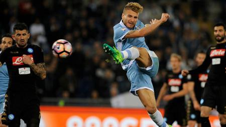 Immobile gagal berikan kemenangan bagi Lazio meski telah tampil maksimal melawan Napoli. - INDOSPORT