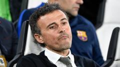 Indosport - Luis Enrique saat masih melatih Barcelona.