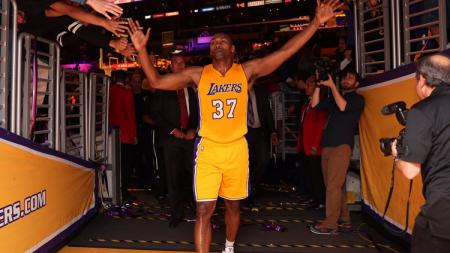 Pemain senior Los Angeles Lakers, Metta World Peace. - INDOSPORT