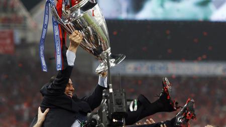 Klub Serie A Liga Italia, AC Milan, sudah selayaknya merindukan sosok mantan presiden mereka, Silvio Berlusconi. - INDOSPORT