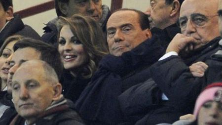 Manta presiden AC Milan, Silvio Berlusconi, yakin klub Serie C bisa kalahkan Rossoneri dalam satu laga. - INDOSPORT