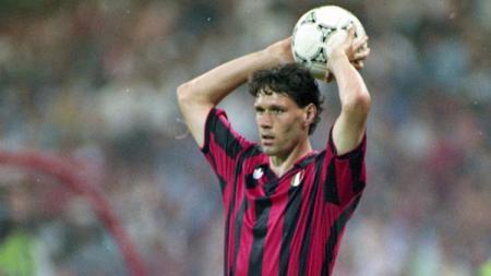 Marco VAN BASTEN mantan pemain AC Milan. - INDOSPORT