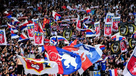 Fans Lyon. - INDOSPORT