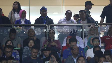 Para tamu VVIP pada laga pembuka Liga 1 di Stadion Gelora Bandung Lautan Api (GBLA), Sabtu (15/04/17).
