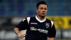 Indosport - Klok saat masih membela Ross County melawan PEC Zwolle.
