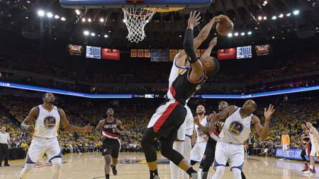 Situasi pertandingan Golden State Warriors vs Portland Trail Blazers. - INDOSPORT