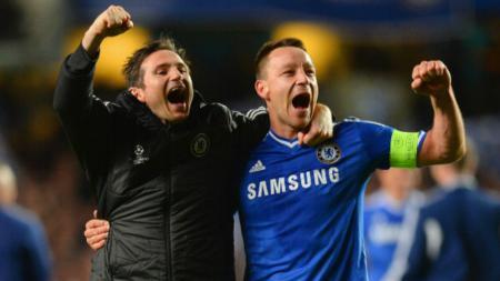 John Terry (kanan) bersama Frank Lampard. - INDOSPORT