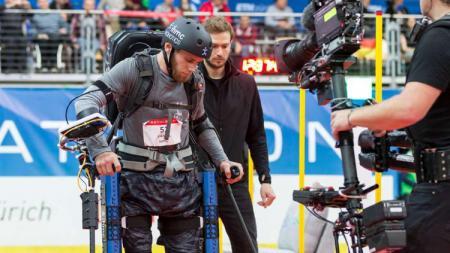 Terdapat kompetisi olahraga untuk kaum difabel yang diperbolehkan menggunakan teknologi robot bernama Cybathlon. - INDOSPORT