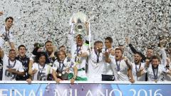 Indosport - Real Madrid saat menjuarai Liga Champions 2015/16.
