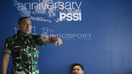 Edy Rahmayadi saat memimpin perayaan HUT PSSI.