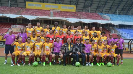 Skuat Sriwijaya FC usai penandatanganan kontrak resmi. - INDOSPORT