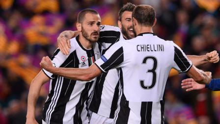Trio BBC-nya Juventus, Leonardo Bonucci, Giorgio Chiellini, dan Andrea Barzagli merupakan aktor utama dari kokohnya lini pertahanan Juve dari serangan Barcelona.