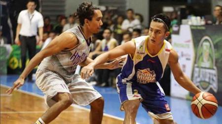 CLS Knights Surabaya vs Satria Muda. - INDOSPORT