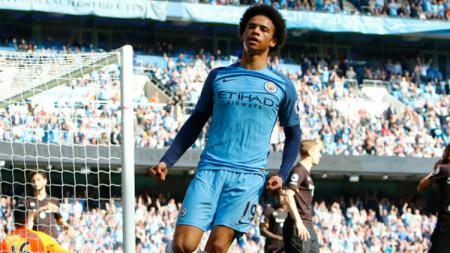 Gelandang andalan Manchester City, Leroy Sane, yang diminati Bayern Munchen. Alan Martin/Action Plus via Getty Images. - INDOSPORT