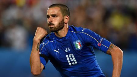 Leonardo Bonucci saat membela Tim Nasional Italia di Piala Eropa 2016 silam. - INDOSPORT