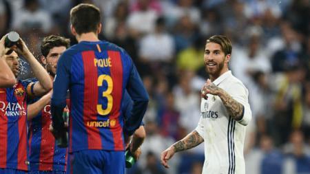 Sergio Ramos dan Gerard Pique. - INDOSPORT