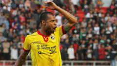 Indosport - Hilton Moreira saat masih berseragam Sriwijaya FC di Liga 1 2017.