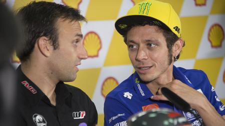 Johann Zarco dan Valentino Rossi. - INDOSPORT
