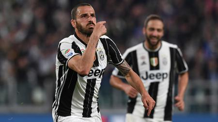 Pemain belakang Juventus, Leonardo Bonucci melakukan selebrasi. - INDOSPORT