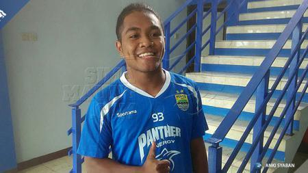 Pemain muda Persib Bandung, Fulgensius Billy Paji Keraf. - INDOSPORT