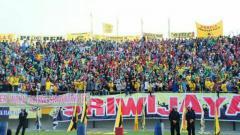 Indosport - Suporter Sriwijaya FC.