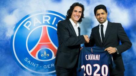 Edinson Cavani akan memperkuat PSG hingga tahun 2020. - INDOSPORT