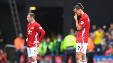 Rooney dan Ibrahimovic saat membela Manchester United berhadapan dengan Watford. - INDOSPORT