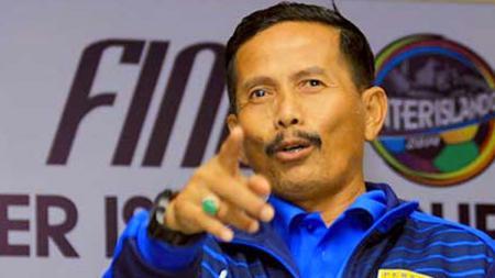 Pelatih Persib Bandung, Djajang Nurdjaman. - INDOSPORT