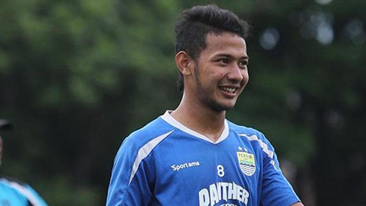 Pemain muda Persib Bandung, Gian Zola Nasrullah. Copyright: pikiran-rakyat.com