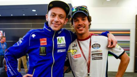 Valentino Rossi dan anak didiknya, Franco Morbidelli. - INDOSPORT