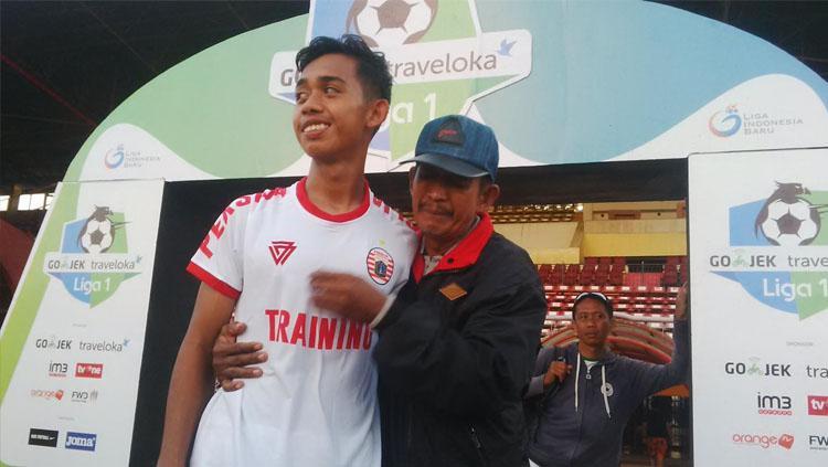 Pemain muda Persija Jakarta, Muhammad Rasul. Copyright: Muhammad Nur Basri/INDOSPORT