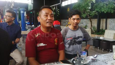 Ketua Panitia Pelaksana Pertandingan PSM Makassar, Ali Gauli (kiri). - INDOSPORT