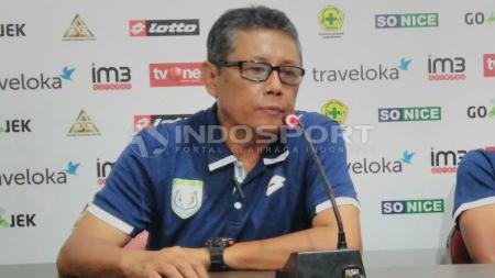 Herry Kiswanto menyatakan mundur dari jabatan sebagai pelatih Persela Lamongan. - INDOSPORT