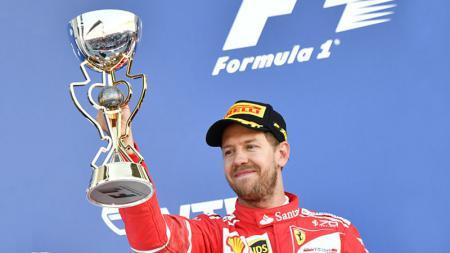 Rumor bahwa pembalap asal Jerman, Sebastian Vettel, dekat untuk merapat ke tim Racing Point semakin santer setelah ia kedapatan bertemu bos tim. - INDOSPORT