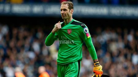 Peter Cech pasca pertandingan melawan Tottenham - INDOSPORT