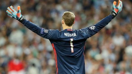 Selebrasi Manuel Neuer. - INDOSPORT
