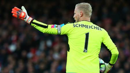 Kiper utama Leicester City, Kasper Schmeichel berikan respons tak terduga kala dipercaya ikuti jejak sang ayah jadi pengganti David De Gea di Manchester United. - INDOSPORT