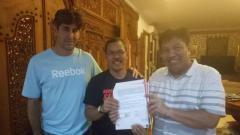 Indosport - Mustaqim resmi jadi asisten pelatih Persija.