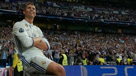 Real Madrid kenang torehan juara LaLiga Spanyol ke-33 berkat sepak terjang Cristiano Ronaldo. - INDOSPORT