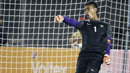 Mantan kiper Timnas Indonesia dan Arema FC, Kurnia Meiga Hermansyah, menyampaikan pesan untuk seluruh penikmat sepak bola tanah air. - INDOSPORT
