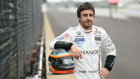 Fernando Alonso saat menjajal balapan Indianapolis 500. - INDOSPORT