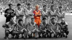 Indosport - Koeman saat masih membela Barcelona sebagai pemain.
