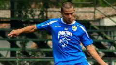 Indosport - Striker Persib Bandung, Tantan.
