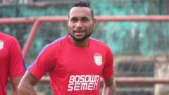 Indosport - Titus Bonai berpotensi tampil sebagai penyerang inti saat PSM menjamu Arema FC di pekan kelima Liga 1.
