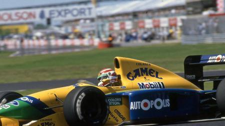 Mobil Benetton-Cosworth saat dikendarai Nelson Piquet. - INDOSPORT