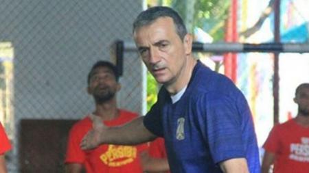 Pelatih Persiba Balikpapan, Milomir Seslija. - INDOSPORT